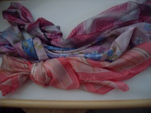 3 x Ladies Fashion Scarves. - Lot4